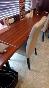 2-1 オープン席の画像(机・椅子)
