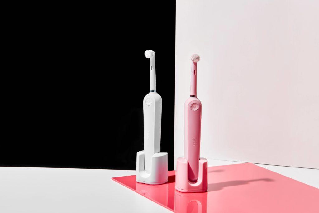 電動歯ブラシで効率化を想起させる画像